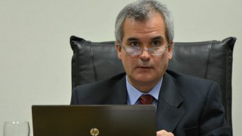 El juez Alejandro Rosales acusó a Marcelo Baeza como presunto autor del delito de lesiones leves agravadas por el vínculo en perjuicio de su ex pareja.