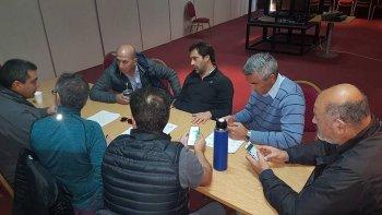 La visita que representantes de Petroleros Jerárquicos realizaron al Predio Ferial donde está constituido el Comité de Emergencia.