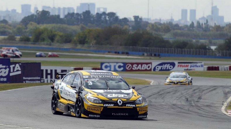 El Renault Fluence de Manuel Luque que ayer se quedó con la victoria en la segunda fecha del TC2000.