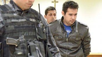 El oficial Pedro Lázaro Benítez aceptó su responsabilidad en los delitos que se le imputan, a cambio de ser condenado a una pena más baja en un juicio abreviado.