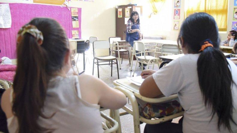 Para Atech, solo un 50% de los colegios de Comodoro reanudaron las clases