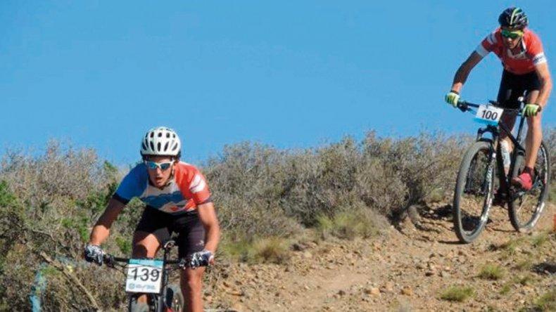 Los bikers corrieron la primera fecha del campeonato Regional de XCO de mountain bike.