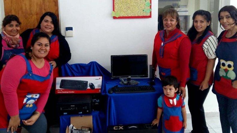 El jardín maternal Casita de Amor fue una de las cinco instituciones municipales que recibió equipamiento informático.