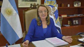 La gobernadora Alicia Kirchner dijo que no tiene dudas de que la gente que intentó entrar a la fuerza a su residencia oficial respondía a un ataque planificado.
