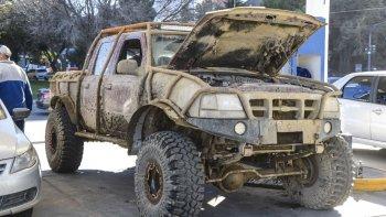 lavo la camioneta pero el barro que quedo en el volante evito que perdiera la cobertura