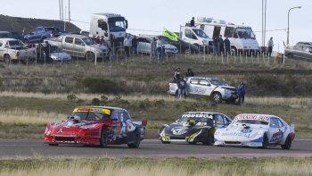 El Ford de Ruben Pires dominó la segunda parte de la carrera en el TC Austral y festejó.