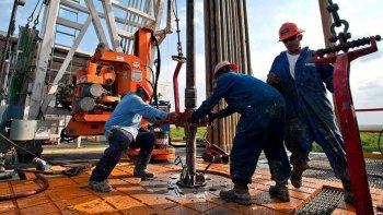 el 2 de mayo se firmaran las inversiones petroleras para la cuenca