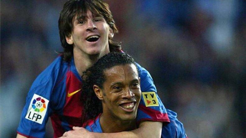 Ronaldinho fue clave para que el rosarino marcara su primer tanto con la camiseta blaugrana.
