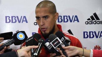 Jonatan Maidana dialoga con la prensa luego del entrenamiento matutino que River realizó ayer de cara al partido de mañana ante el Emelec por la Copa Libertadores.