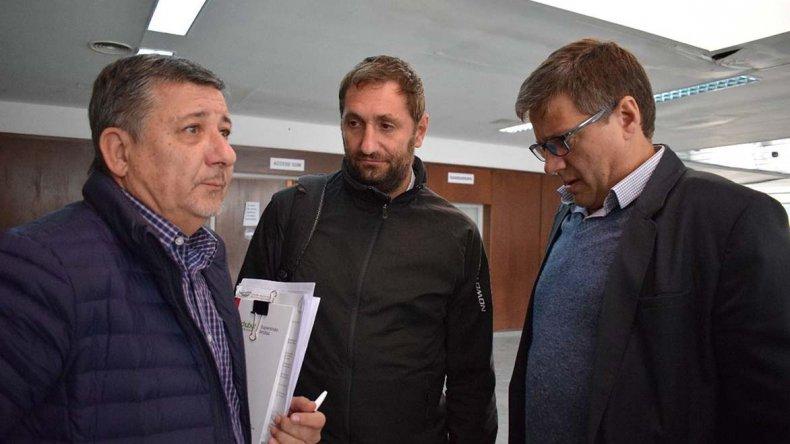 Alejandro Pagani junto a los funcionarios nacionales que evaluaron las necesidades de Comodoro Rivadavia.