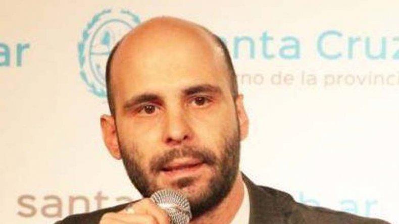 El ministro de Gobierno Fernando Basanta acusó al diputado de Cambiemos
