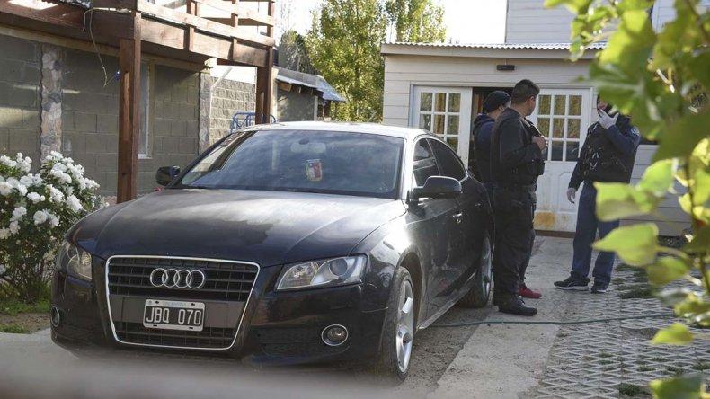 Personal de la Brigada y Sustracciones secuestraron cuatro vehículos con irregularidades.