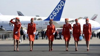 una aerolinea rusa sanciona a las azafatas con sobrepeso