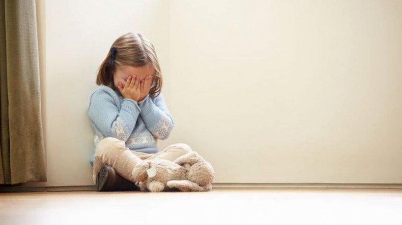 Doble condena por abusar sexualmente de sus hijos