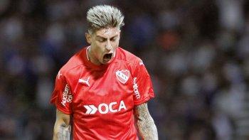Emiliano Rigoni estará en el mediocampo de un Independiente que va por más esta noche ante Estudiantes.