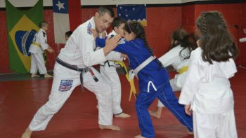 Mauricio Ulloa Mensing es director de la academia Team Ulloa Brazilian Jiu Jitsu de la Patagonia.