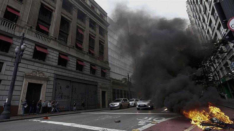Brasil en pleno conflicto social.