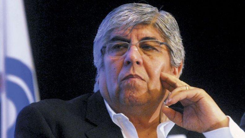 Hugo Moyano advirtió que luchará para evitar que se sigan quitando derechos a los trabajadores.