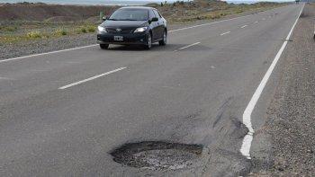 El tramo más deteriorado va desde el límite interprovincial hasta Caleta Olivia.