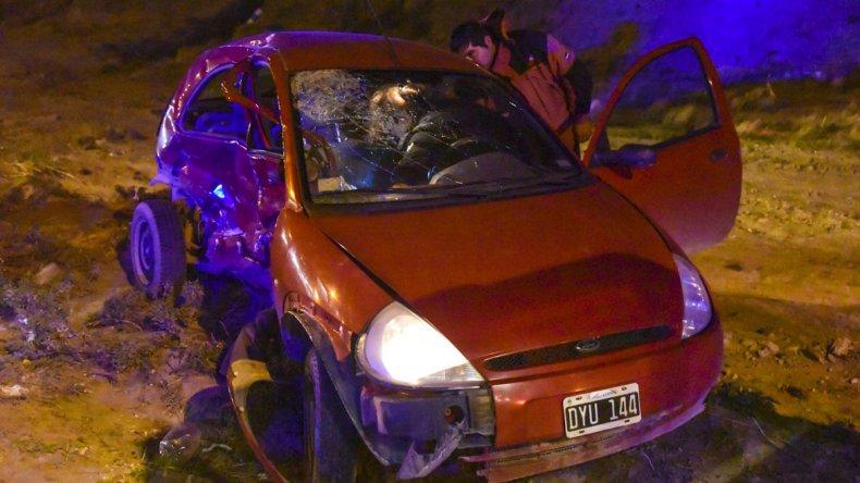 Los tres heridos en el accidente del camino del Centenario ya fueron dados de alta. El más afectado fue el conductor del Ford Ka.