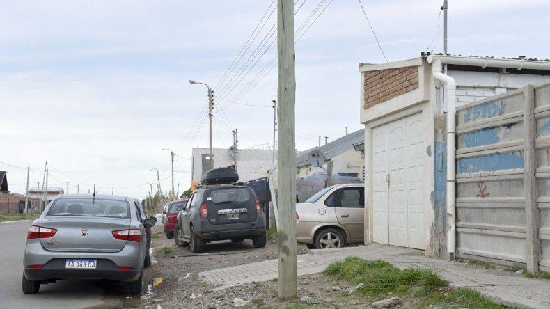 La familia rescatada por la policía reside sobre la avenida Teniente Jukic