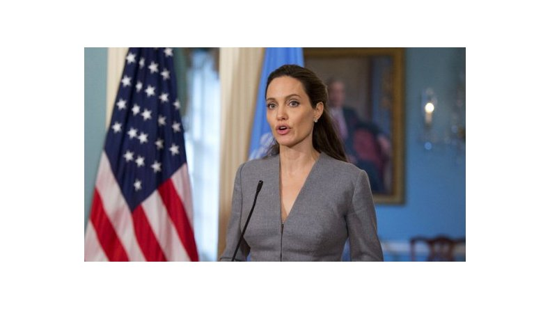 Angelina Jolie tendría un nuevo novio millonario y con aspiraciones políticas