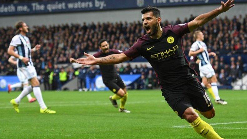 Agüero sigue haciendo goles en Inglaterra