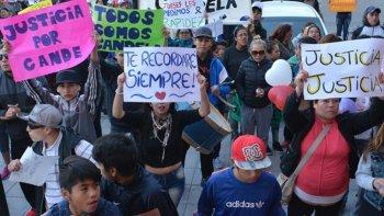 Una multitudinaria marcha por el crimen de Candela