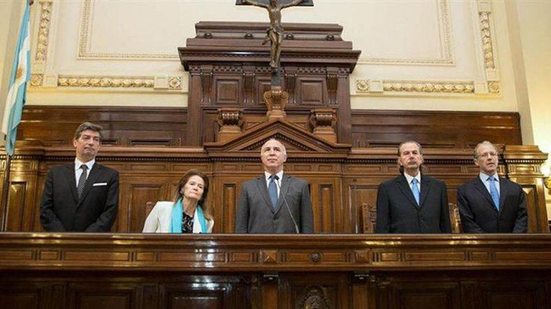 La Corte emitió un polémico fallo que beneficia a represores.