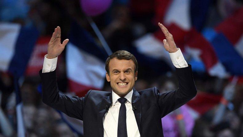 Emmanuel Macron celebra su triunfo en la segunda vuelta.
