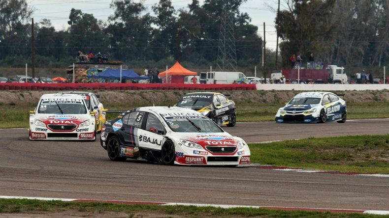 Fabián Yannantuoni lideró de punta a punta la tercera final de la temporada del Súper TC2000 que se corrió en Mendoza.