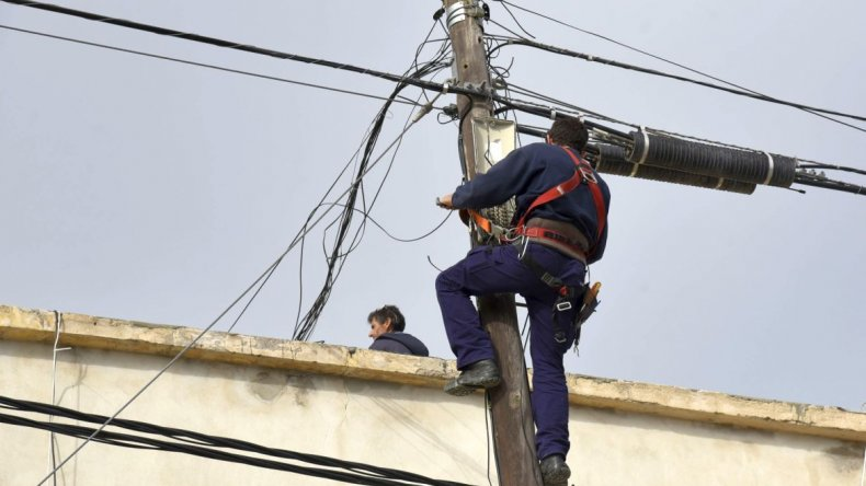 Los concejales avalarán la suba de  tarifas en los servicios de la SCPL