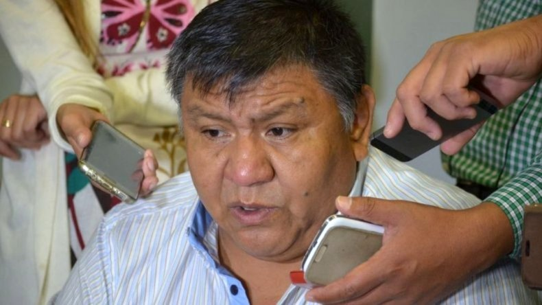 Avila le respondió a García: ella está de rodillas, los trabajadores no