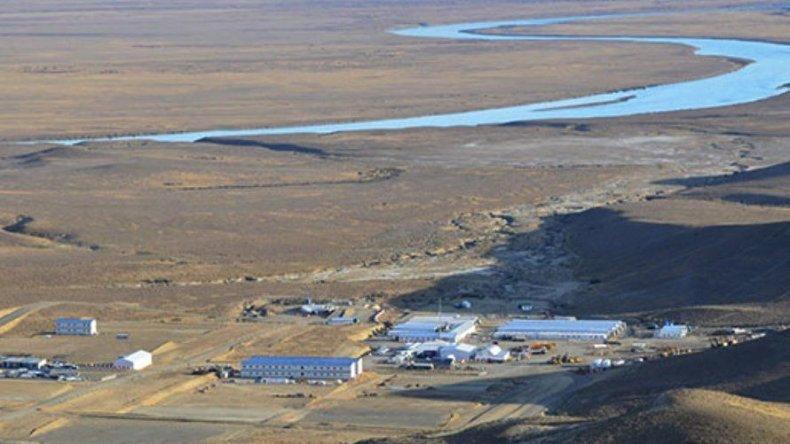 Los obradores que se levantaron en las márgenes del río Santa Cruz ya están listos para iniciar la construcción de las represas hidroeléctricas.