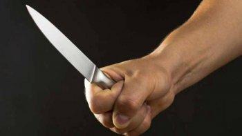 Una mujer recibió lesiones de arma blanca en un ataque de su pareja