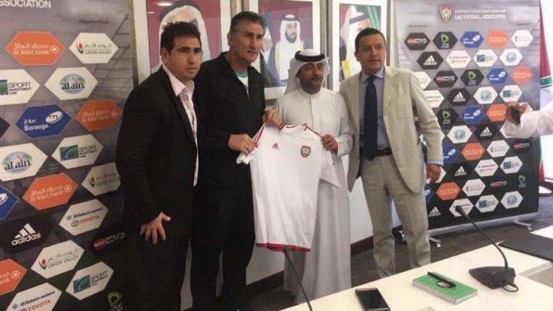 Edgardo Bauza durante la presentación ayer como nuevo entrenador de la selección de Emiratos Arabes.