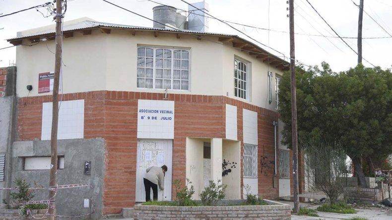El municipio clausuró la obra de ampliación de la sede vecinal del barrio 9 de Julio por no tener aprobado el proyecto.