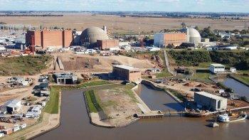 el intendente de sierra grande considero que la energia nuclear es el futuro