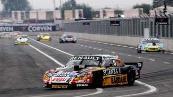 El santafesino Facundo Ardusso fue el más rápido ayer en la primera clasificación del TC en Villa Mercedes, provincia de San Luis.
