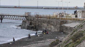 se ahogo un hombre al sur de  la playa de tanques de km 3
