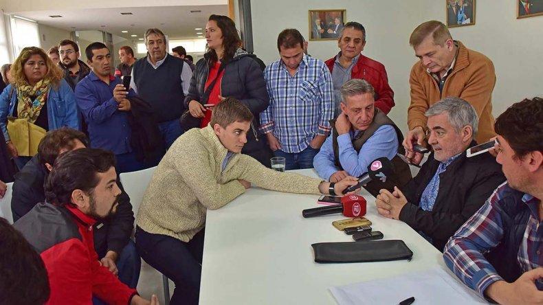 Das Neves en Trelew se reunió con un centenar de concejales de Chubut Somos Todos y fuerzas políticas aliadas.