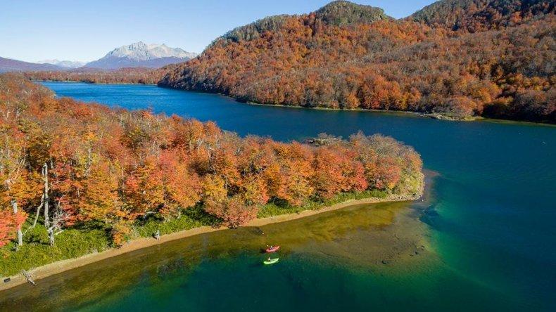Declaran rebeldía de presuntos usurpadores en lago La Plata