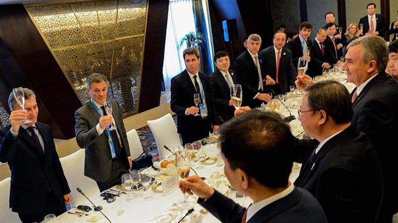 Macri compartió un almuerzo con empresarios chinos.
