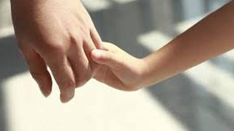 Continúa la búsqueda de una familia para un niño de 10 años