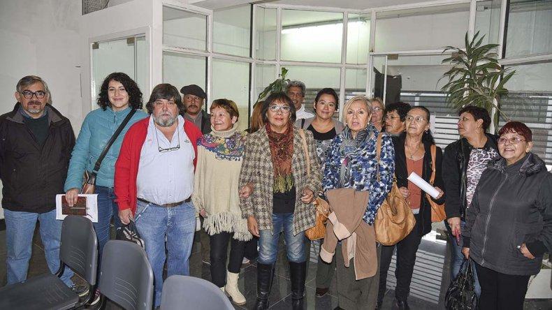 Los productores del periurbano fueron al Concejo Deliberante para plantear sus necesidades tras el temporal.