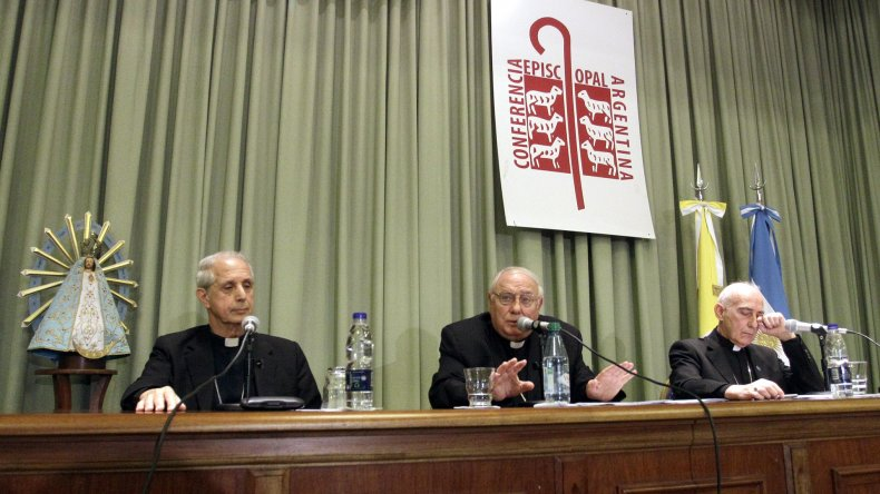 La Iglesia abre los archivos de la dictadura a los familiares