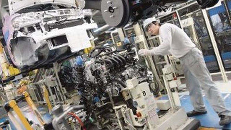 Automotrices japonesas comprometieron inversiones en Argentina.