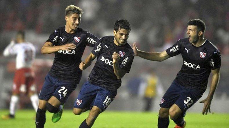 Independiente se lo dio vuelta a Huracán