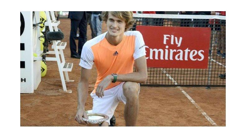 Alexander Zverev conquistó ayer en Roma su primer título grande en el circuito de la ATP.