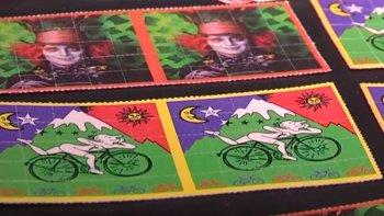Los ocupantes del Chevrolet Corsa trasladaban cocaína y más de 30 dosis de LSD.